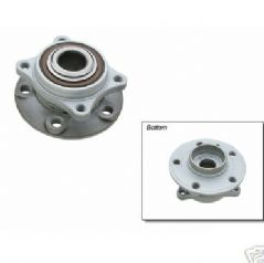 Volvo S80 (99-) S60, V70 (00-) Front Wheel Hub (Left or Right)